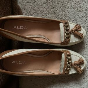 Aldo wedges with tassels!